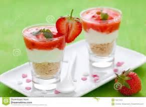 dessert frais avec le mascarpone images stock image 19927434