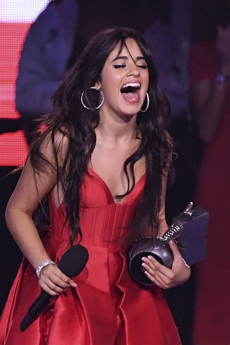 Camila Cabello Raumt Bei Mtv Europe Music Awards