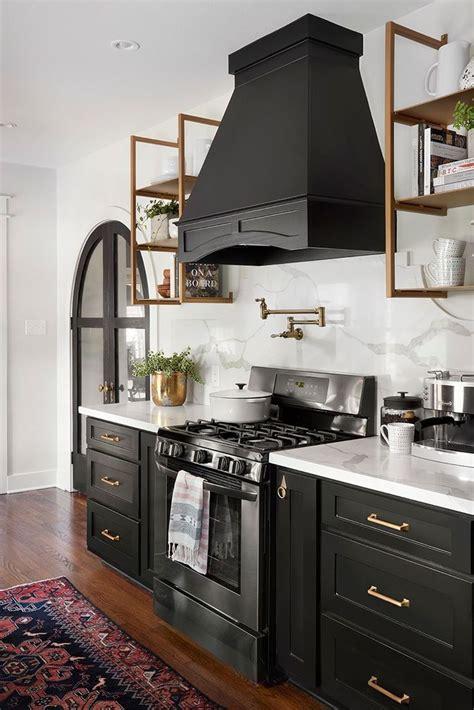 kitchen cabinet episodes episode 1 of season 5 joanna gaines black kitchens and 2490