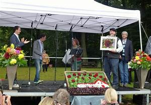Bilder Rahmen Lassen Hamburg : bild 6 aus beitrag paradiesgarten gemalte dahlienbilder von maren lassen prominentendahlie 2013 ~ Watch28wear.com Haus und Dekorationen