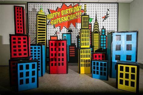 Superhero City Props  Matteo Party