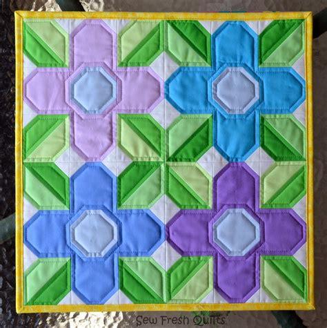 flower power quilt block favequiltscom