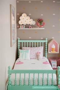 Decoracao para quarto infantil ideias fofas e divertidas for Cute little girl wall decals ideas