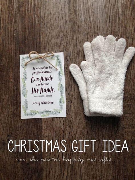 hands    hands print
