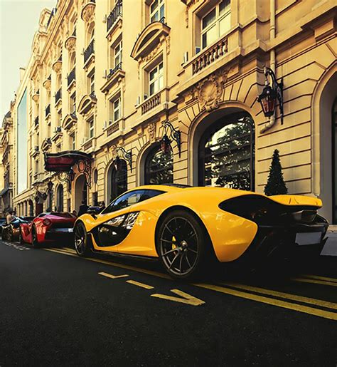 What The Color Of Luxury Cars Say About The Rich People