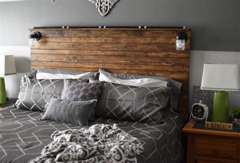 paper paint  pine diy wooden plank headboard