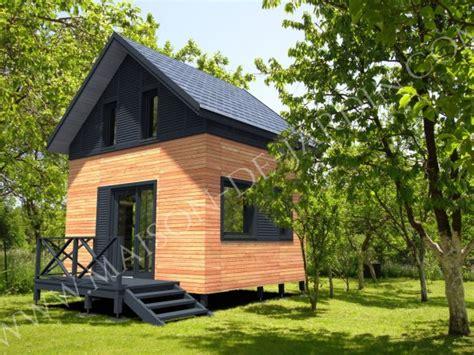 mezzanine dans une chambre studios de jardin avec ossature bois clé en