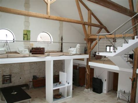 retaper une cuisine une grange de 10 m de haut entièrement chauffée par le sol
