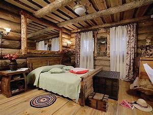 Деревянные кровати из массива дерева, фото и рекомендации