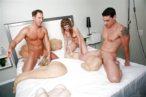 Threesome Fuck With Milf Chick Courtney Cummz And Hot Sex