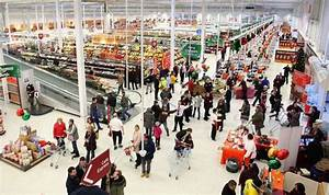 Sainsbury's announces decline in sales over Christmas ...