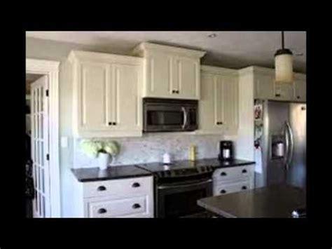 kitchen white cabinets black countertops white kitchen cabinets with black countertops 8727