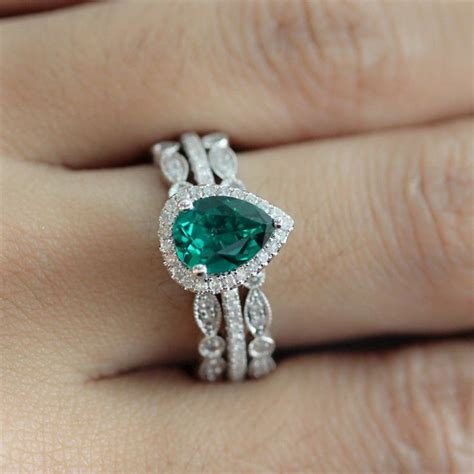 best 25 emerald rings ideas only on emerald