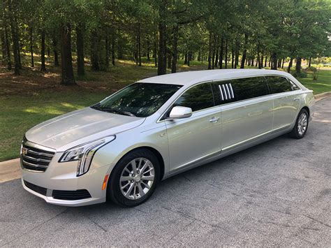 xts  armbruster stageway limousine  sale