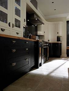 Woodbank Kitchens – Northern Ireland Based Kitchen Design