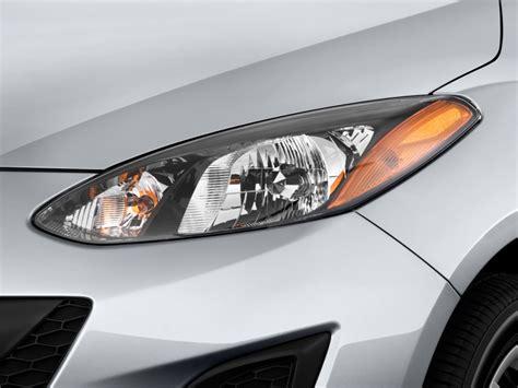 image 2011 mazda mazda2 4 door hb auto sport headlight