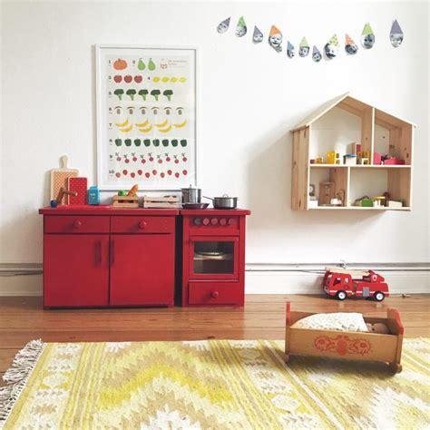 kinderzimmer gestalten montessori kinderzimmer montessori bibkunstschuur