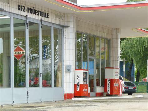 Alte Tankstelle Hamburg by Oldtimer Tankstelle Brandshof In Hamburg Altbau