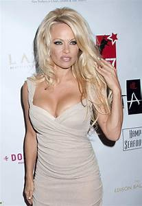 Pamela Anderson Announces She39s Cured Of Hepatitis C
