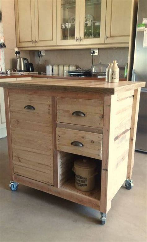 pallet wood recycling project ideas pallet ideas