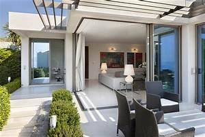 choisir ses fenetres en fonction du style de sa maison With amenagement de terrasse exterieur 1 amenagement autour dun pavillon neuf
