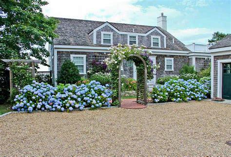 Cape Cod Cottage  Home Bunch Interior Design Ideas