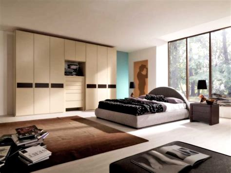 Amazing Of Simple Home Decor Simple Bedroom Decorating Id