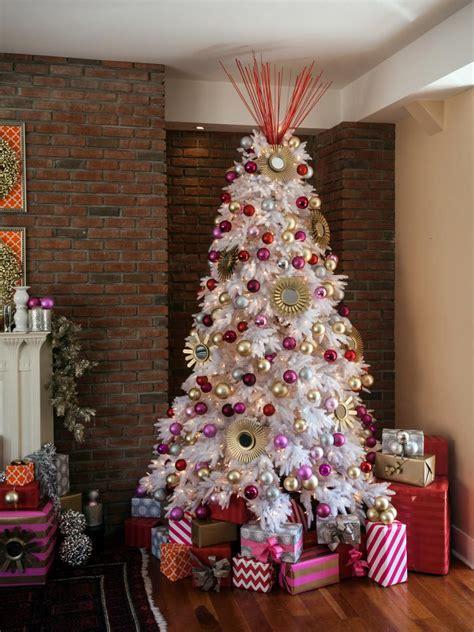 dec for christmashgtv 40 tree decorating ideas hgtv