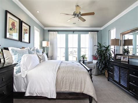 Relaxing Master Bedroom Ideas, Light Blue And White