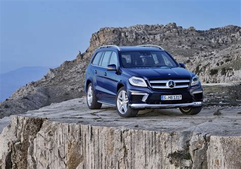 Gl350 bluetec, gl450 and gl550. 2012 Mercedes-Benz GL-Class Review, Specs, Pictures, MPG & Price