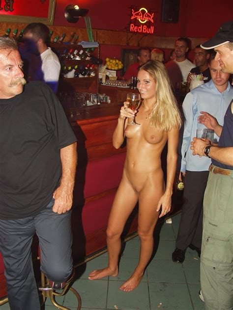 Gallery: Public nude - lenka naked in bar | Picture: 132992 | gallery public-nude-lenka-naked-in ...