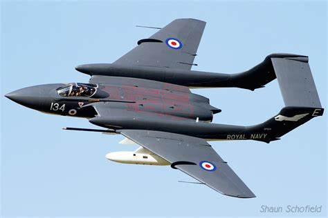 Tailuook Vixsen by Uk Airshow Review Forums Naval Aviation No Not Navel