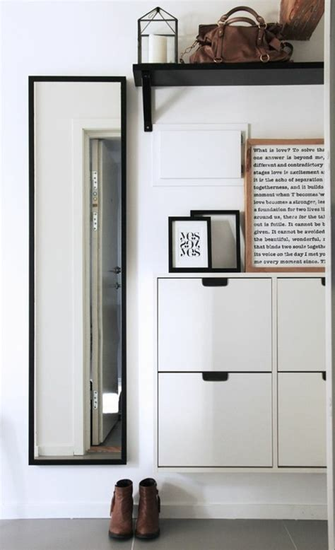 meuble pour une entree comment sauver d espace avec les meubles gain de place