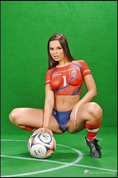 Football World Cup Body Paint Costa Rica 13 Pics