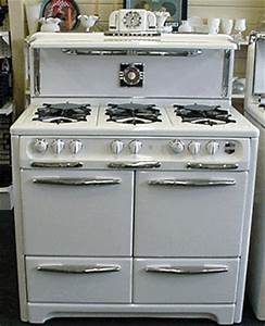 Wedgewood Double Ovens 6 Burners Double Broilers Folding Shelf