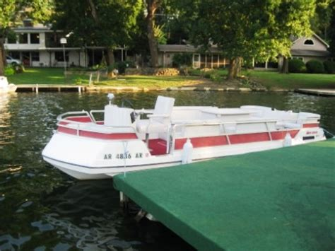 Deck Boat For Sale Hot Springs Ar by 1976 Harris Harris 21 Deckboat Power Boat For Sale In Hot