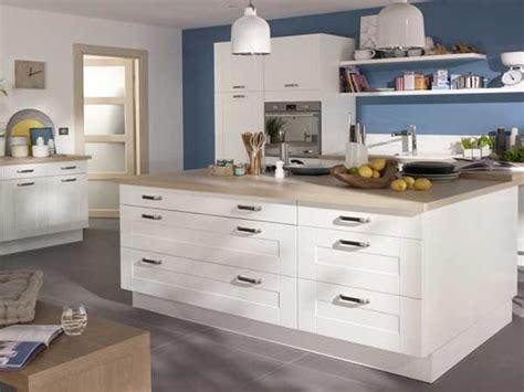 cuisine blanche design deco cuisine blanc et bois chaios com