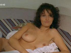 Nackt Cindy Williams  Maisie Williams