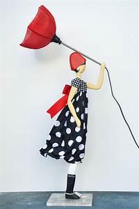 Lampe Frau Mit Schirm : lampada mim skitso tami concept store ~ Eleganceandgraceweddings.com Haus und Dekorationen