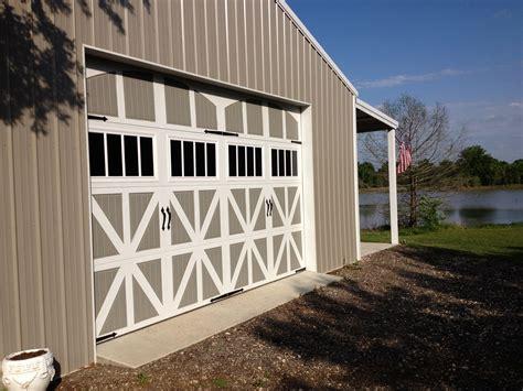 Barn Garage Door by Must See Barns That Garage Doors Amarr Garage Doors