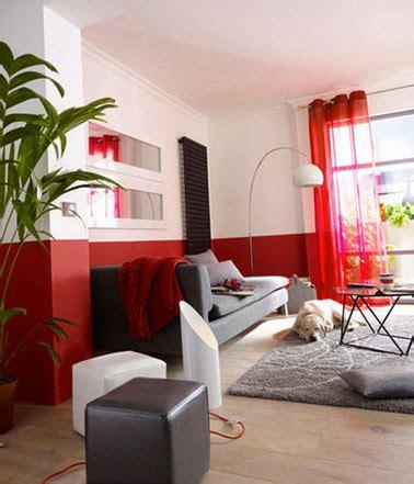 peinture pour canapé comment apporter de la couleur dans le salon facilement