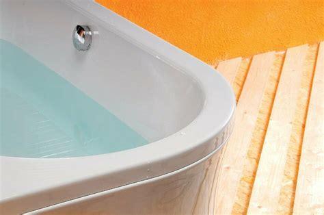 Ablauf und wasseranschlüsse, badarmatur und ende des herbsts haben wir endlich unsere freistehende badewanne samt armatur bestellt und. Asymmetrische Badewanne 175x80x47 cm rechts Acryl VIVA ...