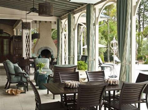 tour paula deen s river home located on