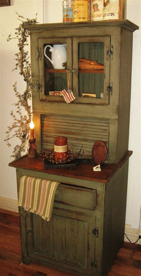 country kitchen hutch 1000 ideas about primitive hutch on hoosier