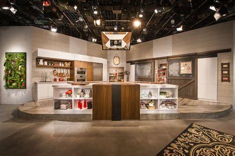 modele de cuisine en bois cuisine studio armoire de cuisine en bois de noyer clair