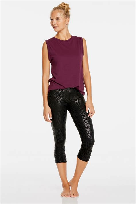 Hibiscus Outfit  Get Great Athletic Wear At Fabletics