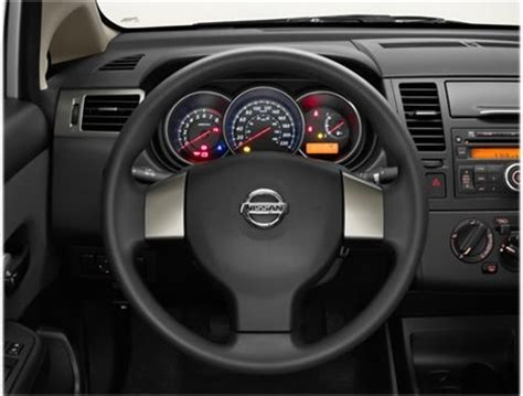 Nissan tiida 2008 / 2009 nacional deluxe automatico