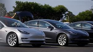 Tesla Model 3 Price : tesla cuts 4 000 off model 3 price with new mid range battery marketwatch ~ Maxctalentgroup.com Avis de Voitures