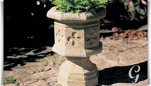 Blumentöpfe Aus Stein : kugel pflanztopf aus steinguss cholet ~ Lizthompson.info Haus und Dekorationen