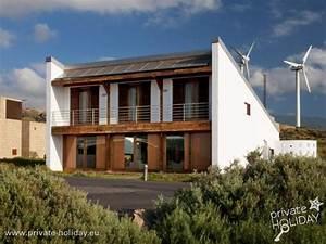 Haus Mit Dachterrasse : haus mit dachterrasse und patio im bioklimatischen dorf ~ Frokenaadalensverden.com Haus und Dekorationen
